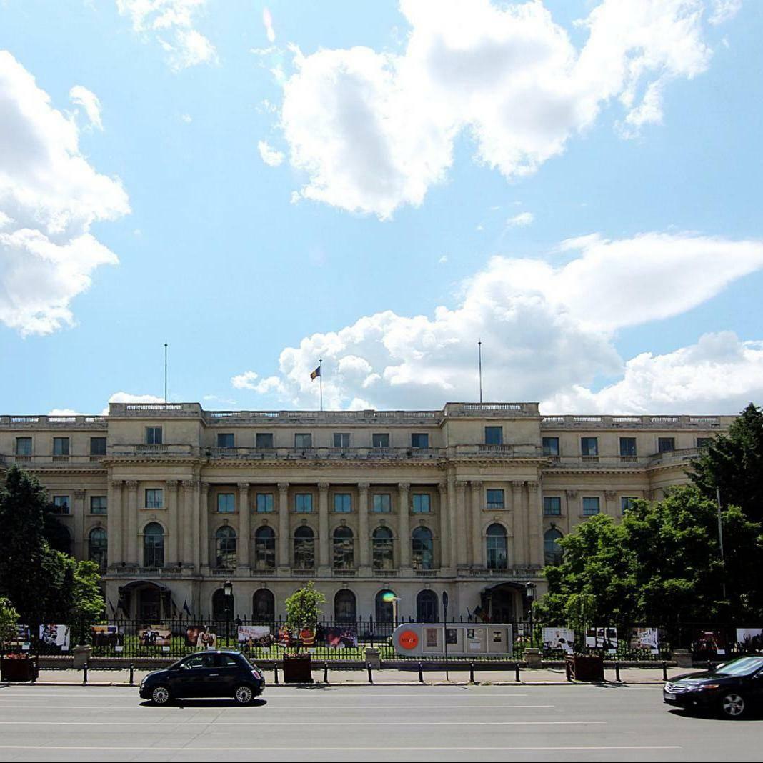 royal-palace-bucharest
