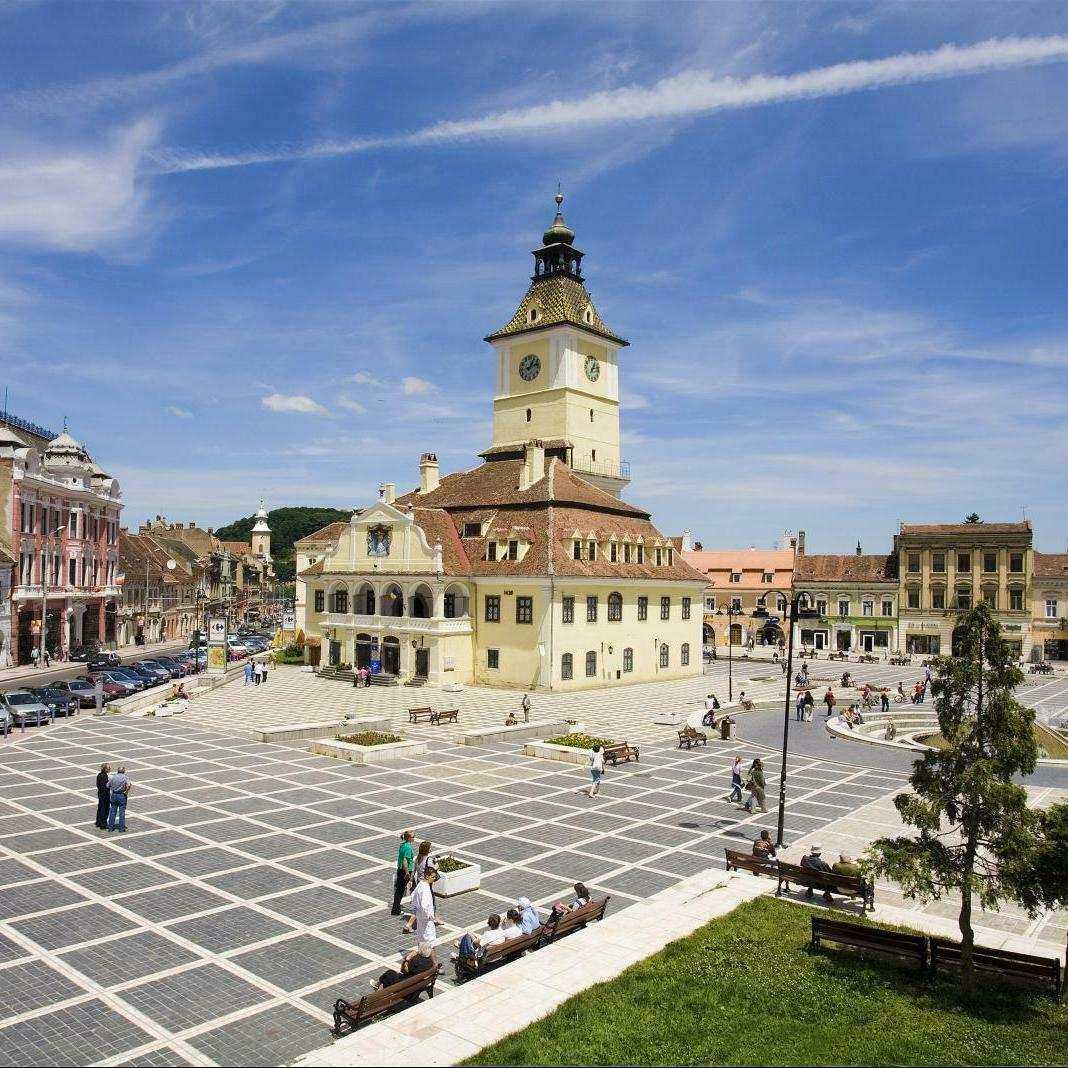 Brașov City & Bran (Dracula's) Castle (12h) Tour